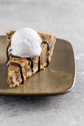 hot-gooey-caramel-pie-LR